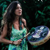guia-da-alma-julia-laitano-sagrada-feminina-empoderamento-mulheres-terapia-menstrual
