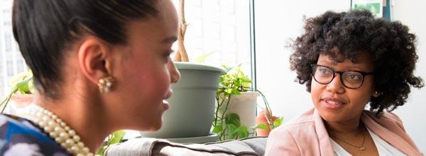 mulheres em terapia e profissão de terapeuta